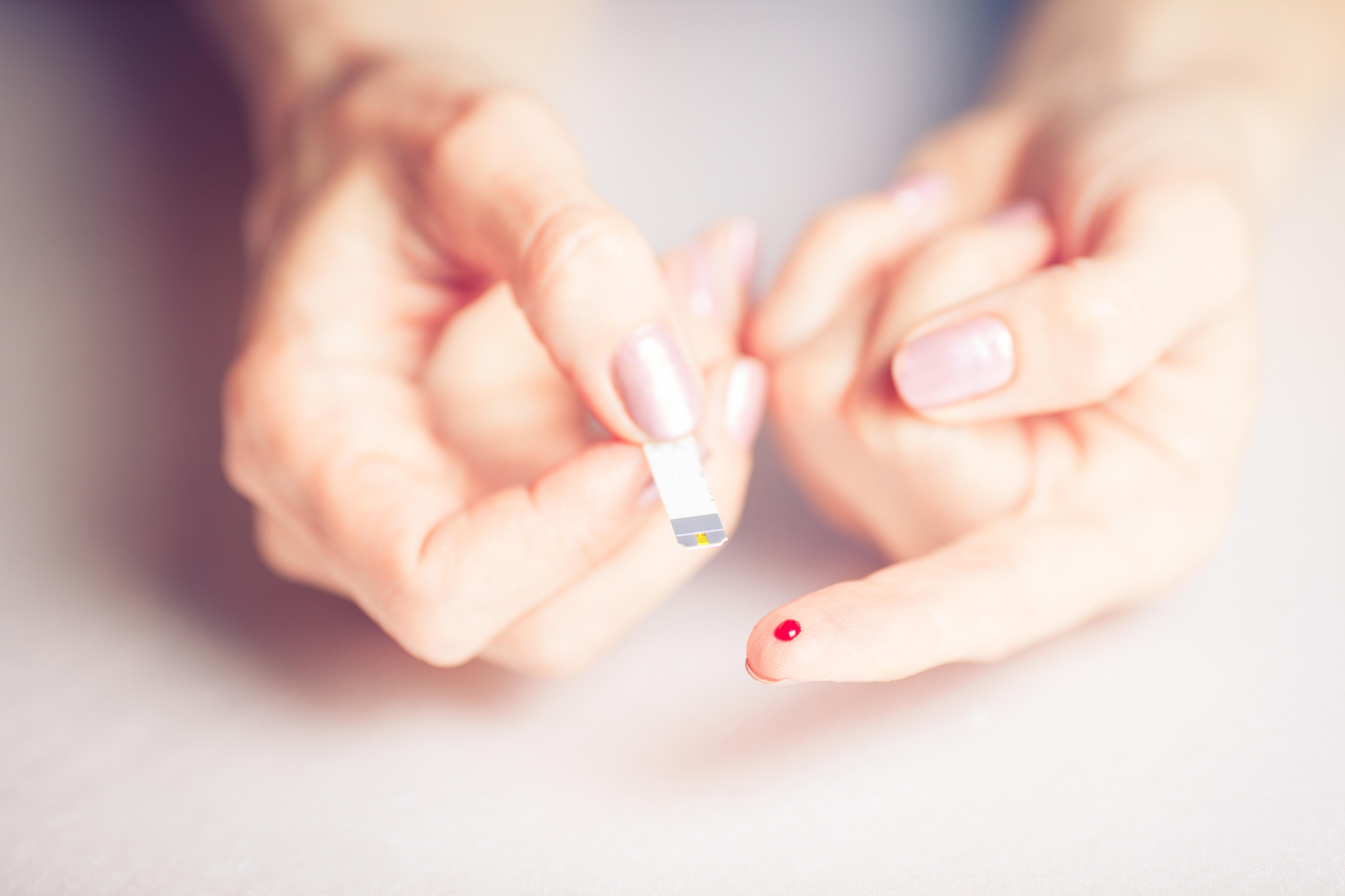L'insuline, intelligente, fait toute seule le travail de contrôle de la glycémie et ajuste son activité en fonction des niveaux de glucose dans le sang (Visuel Adobe Stock 113201522)